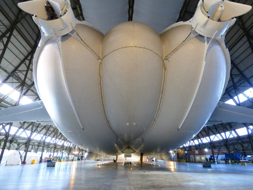Größtes Luftschiff der Welt legt Bruchlandung hin