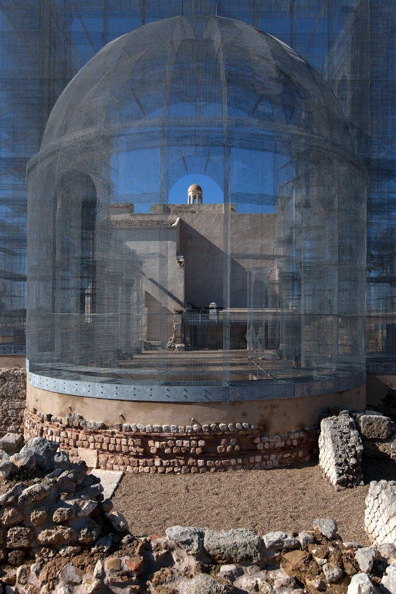 Rekonstruktion des Chores der vor 800 Jahren zerstörten Basilika Santa Maria di Siponto.