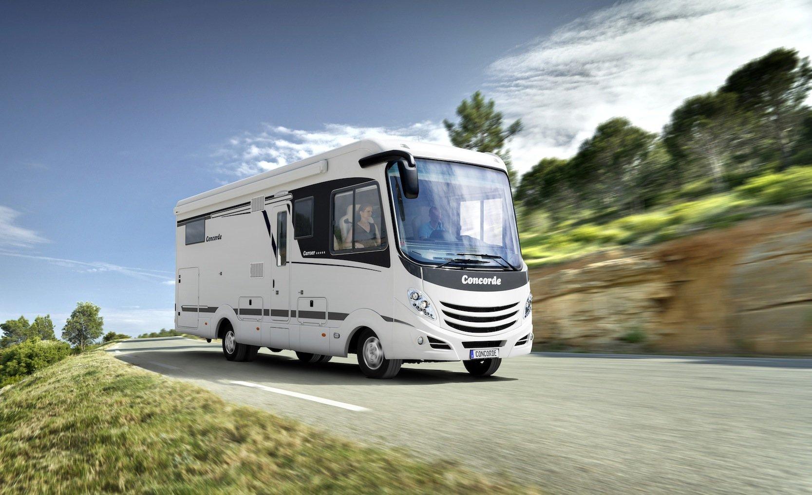 In der Basisversion kostet der neue Carver 176.890 Euro.
