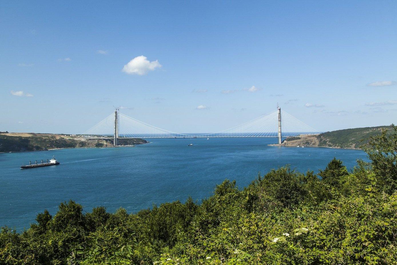 Auf 1.400 Meter überspannt die neueSultan-Yavuz-Selim-Brücke den Bosporus.