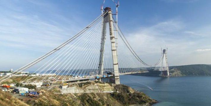 Diese Brücke über den Bosporus stellt Weltrekorde auf