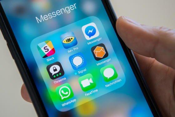 Der WhatsApp-Messenger steht wieder in der Kritik, seit er persönliche Daten seiner Nutzer mit Facebook teilt. Seitdem sollen die User-Zahlen des Schweizer Messengers Threema nach oben gehen.