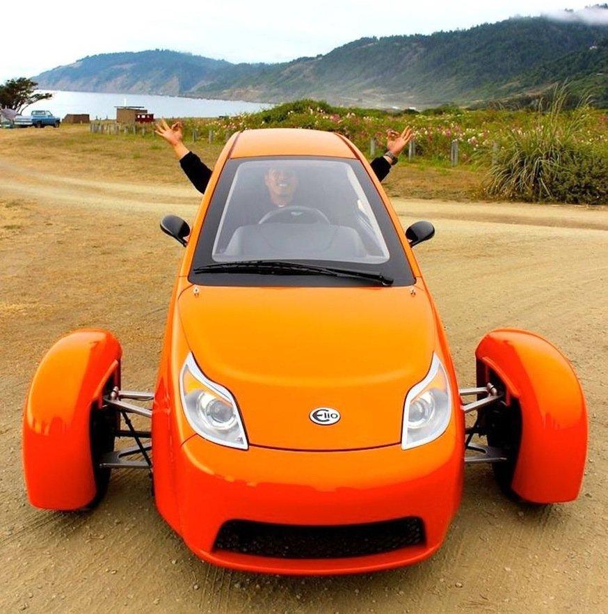 Das Dreirad Elio ist ein richtiges Auto für zwei Personen: Es braucht aber nur knapp drei Liter Kraftstoff auf 100 km und kostet aktuell nur 7.000 Dollar.