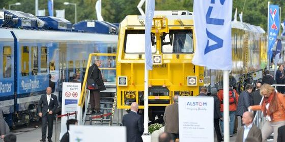 131 Weltneuheiten haben die Aussteller der InnoTrans 2016 bislang angekündigt. Alstom wird einen Zug mit Brennstoffzelle vorstellen, Siemens einen Regionalzug, der zu 95 % recyclebar ist.