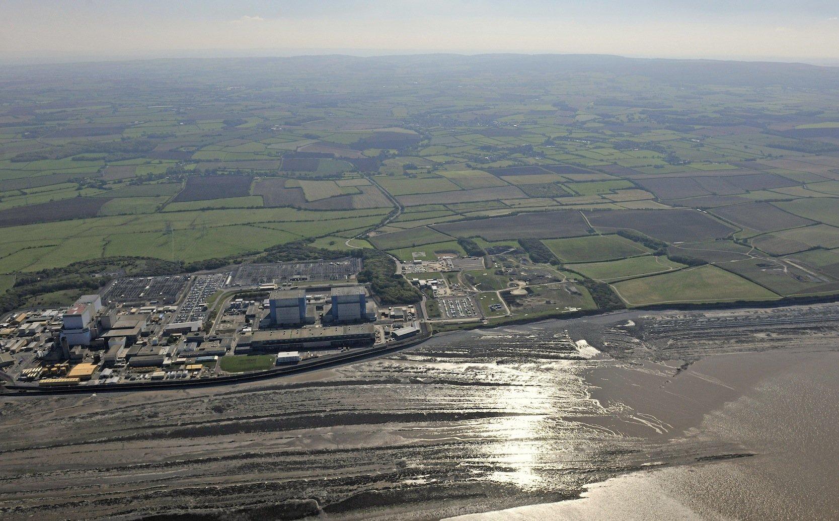 Luftbild von Hinkley Point aus dem Jahr 2011: Die neuen Reaktoren sollen die Kohlekraftwerke in Großbritannien ersetzen.