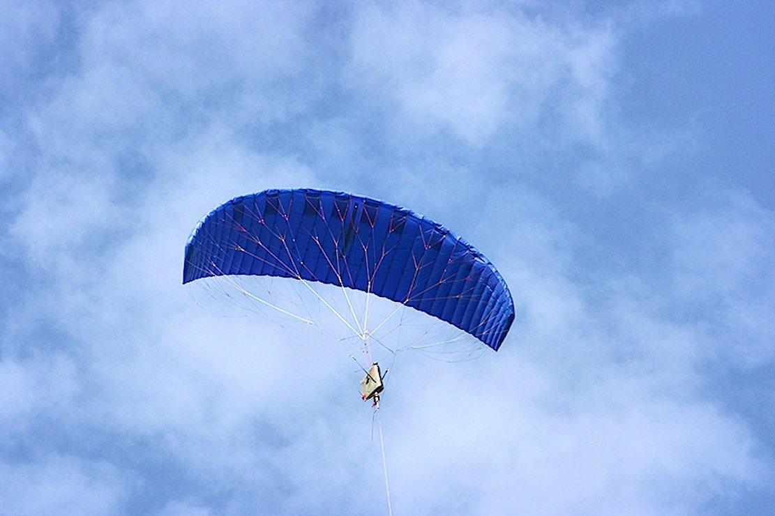 Die Strom-Drachen fliegen in ungefähr 450 m Höhe.
