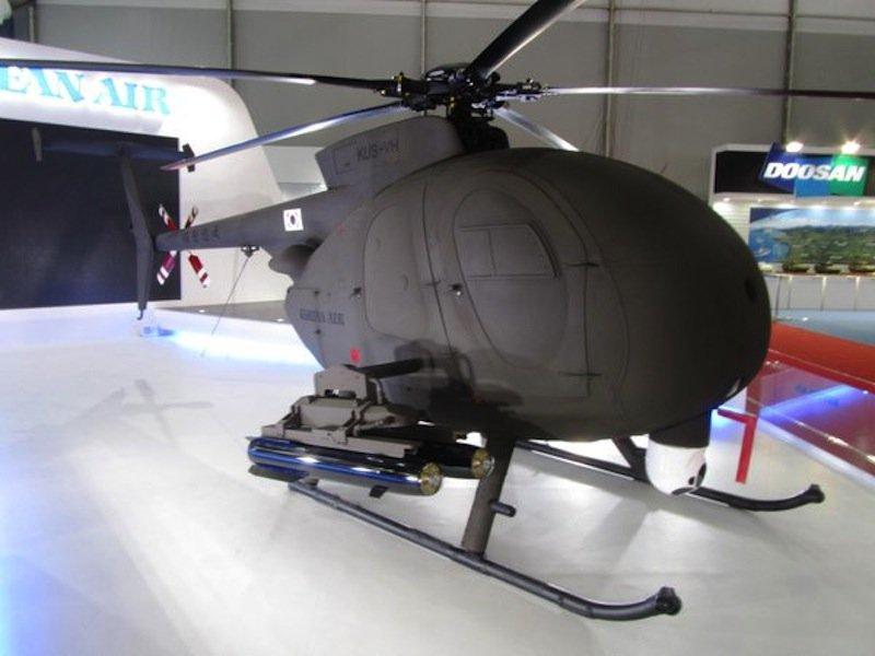 KUS-VH kann doppelt so lange fliegen wie MD 500: Da kein Pilot an Bord ist, können dieSitze im Flugzeuginneren durch zusätzliche Treibstofftanks ersetzt werden.