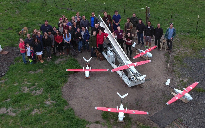 Im Team von Zipline arbeiten ehemalige Mitarbeiter von Google, dem privaten Raumfahrtunternehmen SpaceX und dem Rüstungskonzern Lockheed Martin.