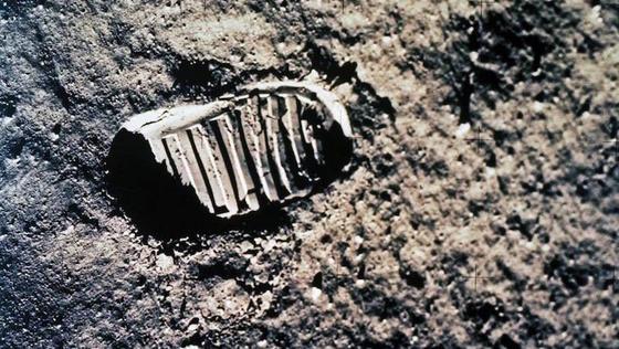 Stiefelabdruck von Buzz Aldrin: Er betrat am 20. Juli 1969 gemeinsam mit Astronaut Neil Armstrong den Mond.