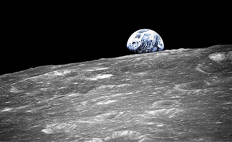 Schon jetzt ist die Oberfläche des Mondes ist von Kratern übersät. Die Auswertung von14.092 Bildpaaren hat ergeben, dass ständig viel mehr hinzukommen, als bisher angenommen wurde.