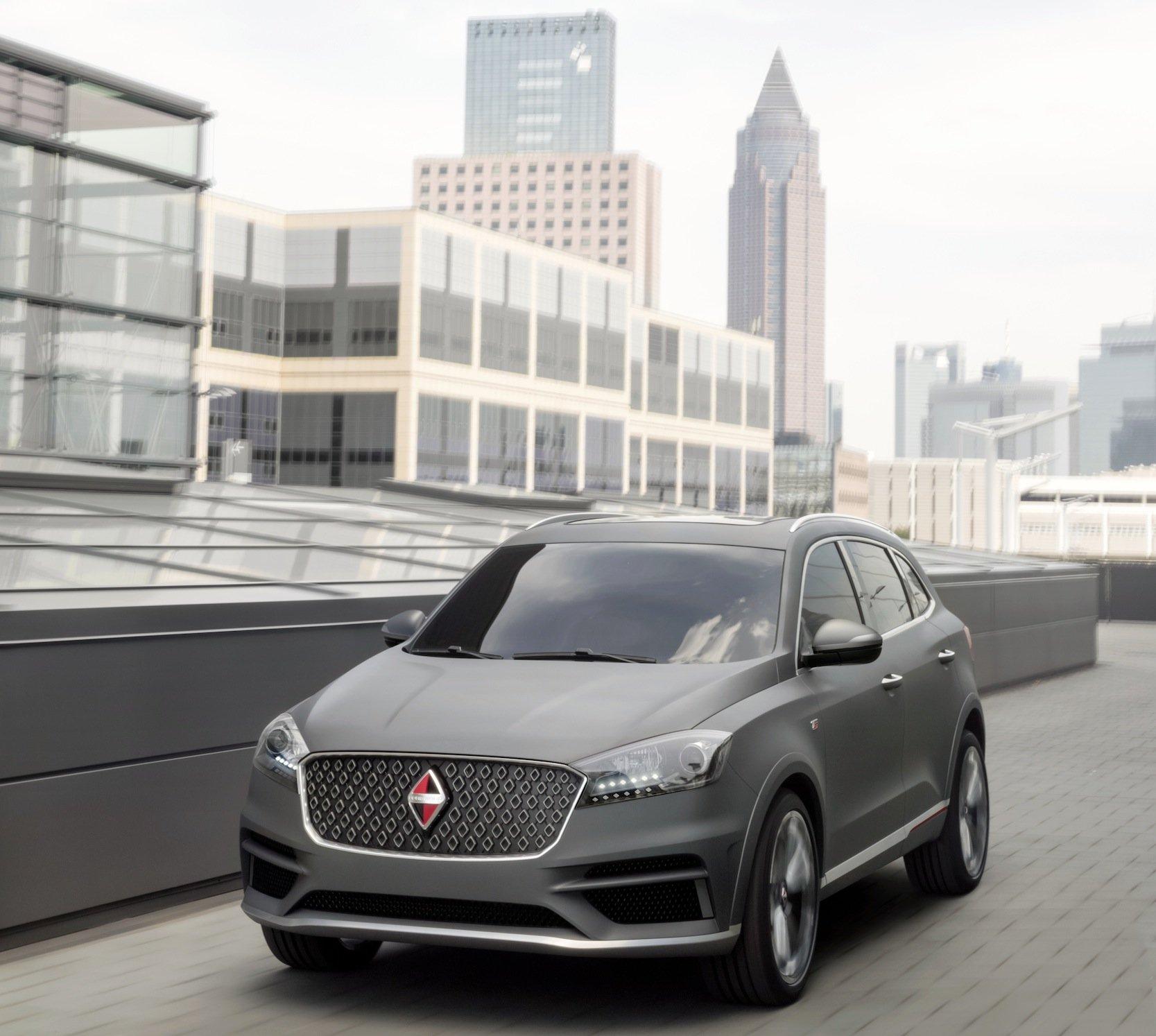 Eine Elektroversion des SUV BX7 will Borgward künftig in Bremen aus vorgefertigten Bausätzen montieren, die in China hergestellt werden.