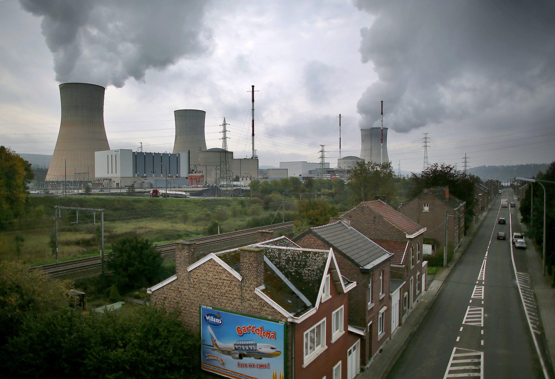 Das Kernkraft Tihange in der Nähe von Lüttich liegt nur 70 km von Aachen und 130 km von Köln und Düsseldorf entfernt. Die Region wäre von einem Reaktorunglück stark betroffen, so eine Studie.