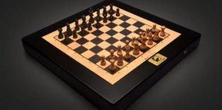 Diese Schachfiguren bewegen sich wie von Geisterhand