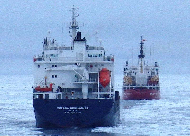Ein deutsch-kanadisches Forschungsprojekt arbeitet daran, Schiffe zukünftig sicher durch die Nordwestpassage zu navigieren.