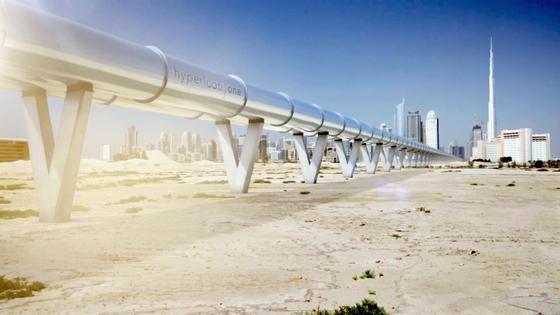 Fährt der Hyperloop zuerst in den Vereinigten Arabischen Emiraten? Hyperloop One und die Emirate wollen prüfen, ob eine Strecke zwischen Dubai und Abu Dhabi sinnvoll ist.