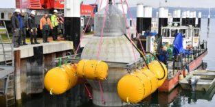 Betonkugel als Stromspeicher wird im Bodensee versenkt