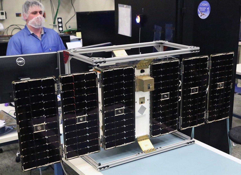 Die Nasa setzt bei den neuen Satelliten auf Kompaktheit. Die Geräte wiegen nur 30 kg und entfalten sich im Weltraum auf die Größe eines Schwans.