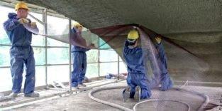 Asbest: Auch Fasern in Fliesenklebern und Spachtelmassen sind gefährlich