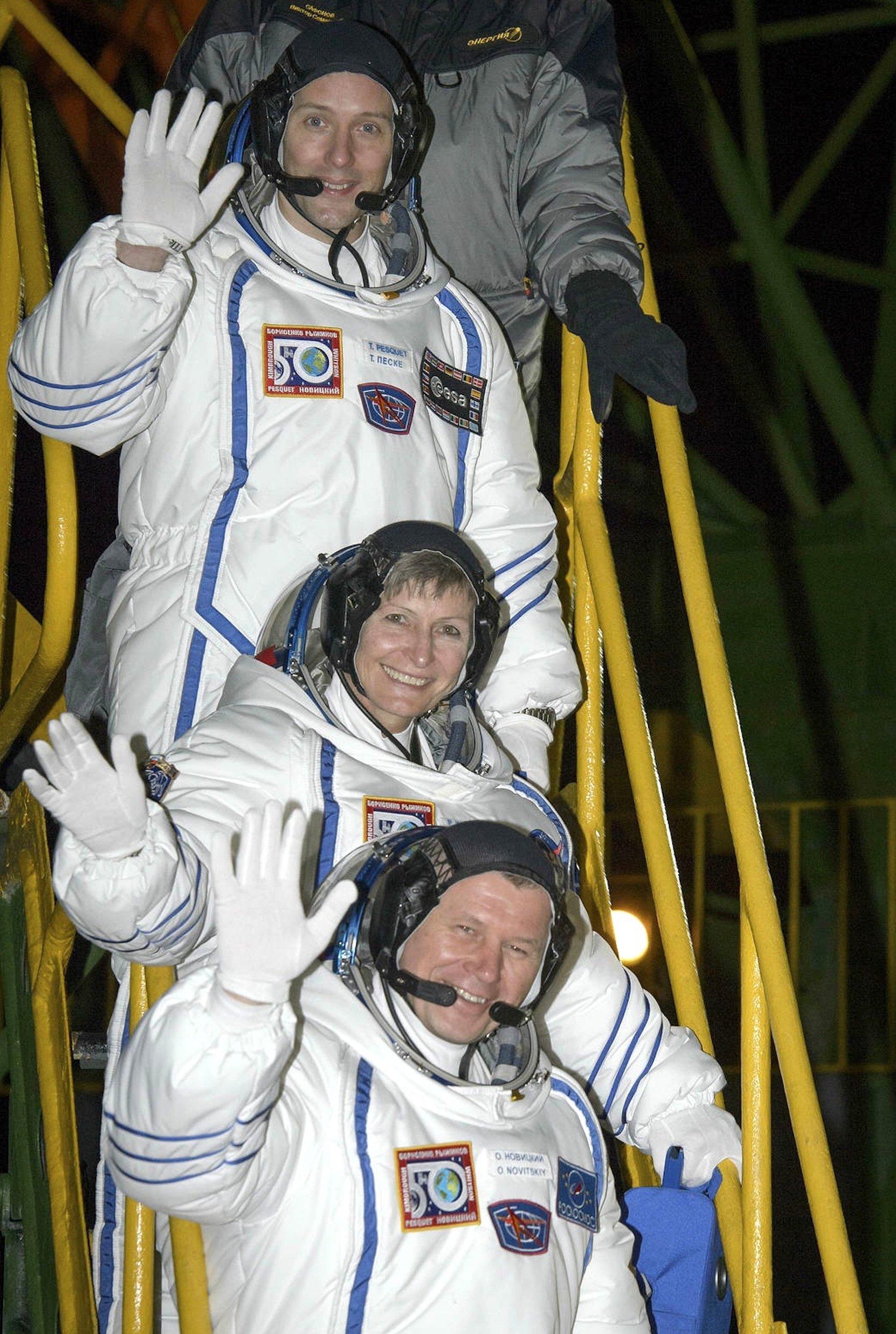 Das ist die neue ISS-Crew Nr. 50:ESA-Atronaut Thomas Pesquet (oben), Nasa-Astronautin Peggy Whitson und der russische Kosmonaut Oleg Nowizki.