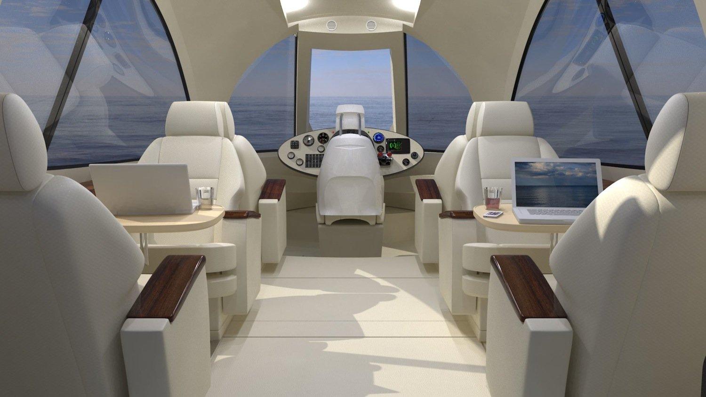 Führerstand des UFO 2.0. Der Fahrer sitzt im oberen Teil der Figerglaskuppel. Speed-Junkies kommen allerdings nicht auf ihre Kosten. Die beiden E-Motoren beschleunigen das Hausboot auf lediglich 6,5 km/h.
