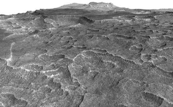 In der Tiefebene Utopia Planitia auf dem Mars hat die Nasa einen riesigen Eis-See entdeckt, der nur wenige Meter unter der Oberfläche liegt und für Raumstationen angezapft werden könnte. Der See hat die Größe Österreichs.