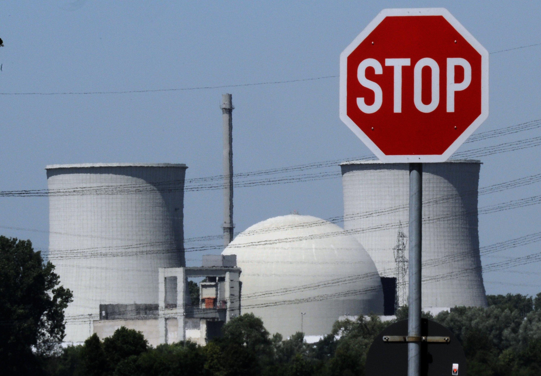 Kernkraftwerks Biblis in Hessen: Ende 2022 gehen die letzten Kernkraftwerke in Deutschland vom Netz. Denn nimmer der Rückbau der Atomanlagen Fahrt auf. Rund zehn Jahre veranschlagen die Kraftwerksbetreiben für den Abbau.