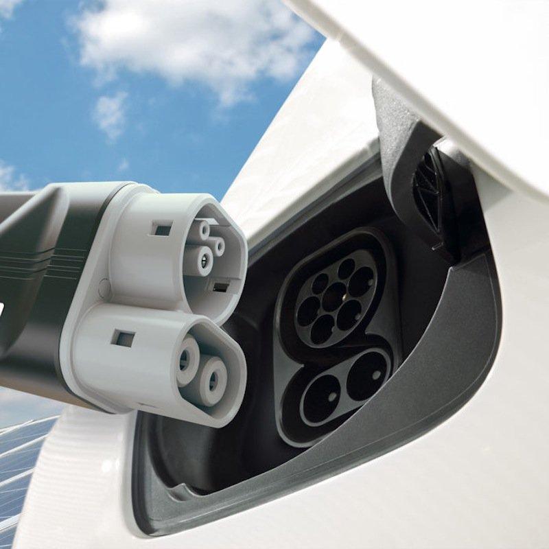Der CCS Ladestandards für Elektrofahrzeuge soll auf bis zu 350 kW weiterentwickelt werden.