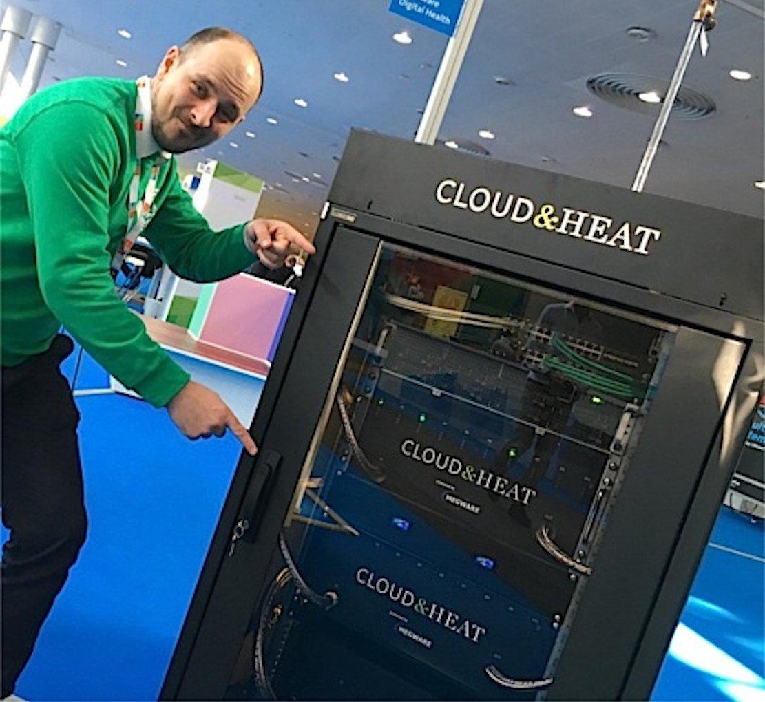 Server-Schrank des Dresdner UnternehmenCloud & Head: Der Schrank ist Server und Heizung zugleich.