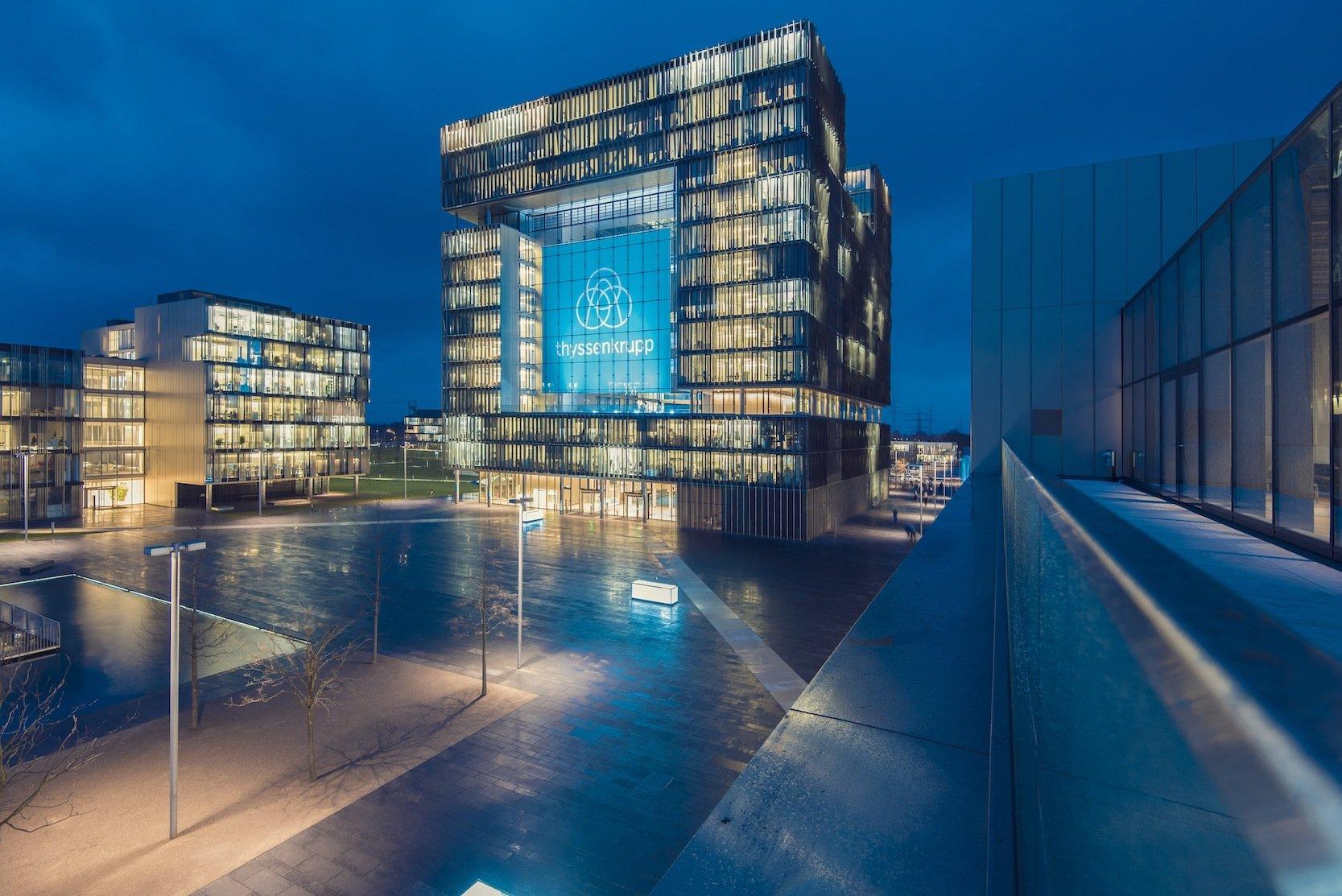 Zentrale von thyssenkrupp in Essen: Seit dem Frühjahr wird der Konzern massiv von Hackern angegriffen, die auch sensible Firmendaten erbeutet haben sollen.