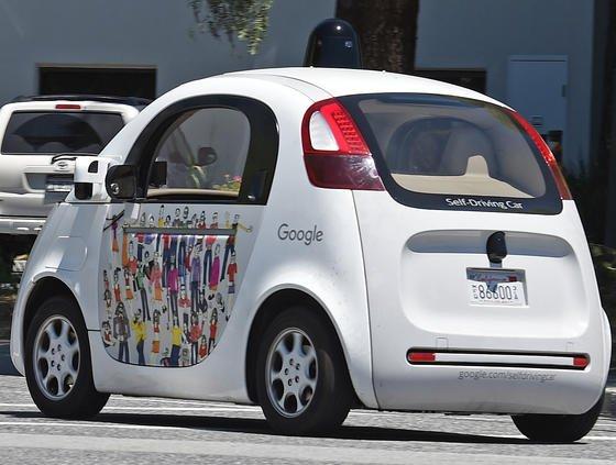 Kommando zurück:Google hat offenbar die Entwicklung eigener selbstfahrender Autos gestoppt.