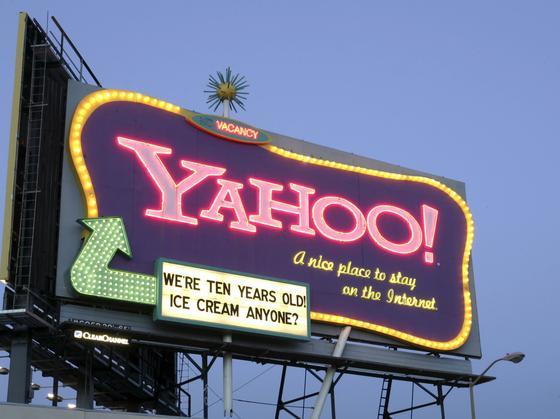 """Ob die Werbebotschaft """"Yahoo! A nice place to stay on the Internet"""" noch stimmt? Jetzt ist bekannt geworden, dass noch nie so viele Kundendaten von Hackern erbeutet wurden wie bei Yahoo. Der Internet-Konzern hat darüber aber drei Jahre lang geschwiegen."""