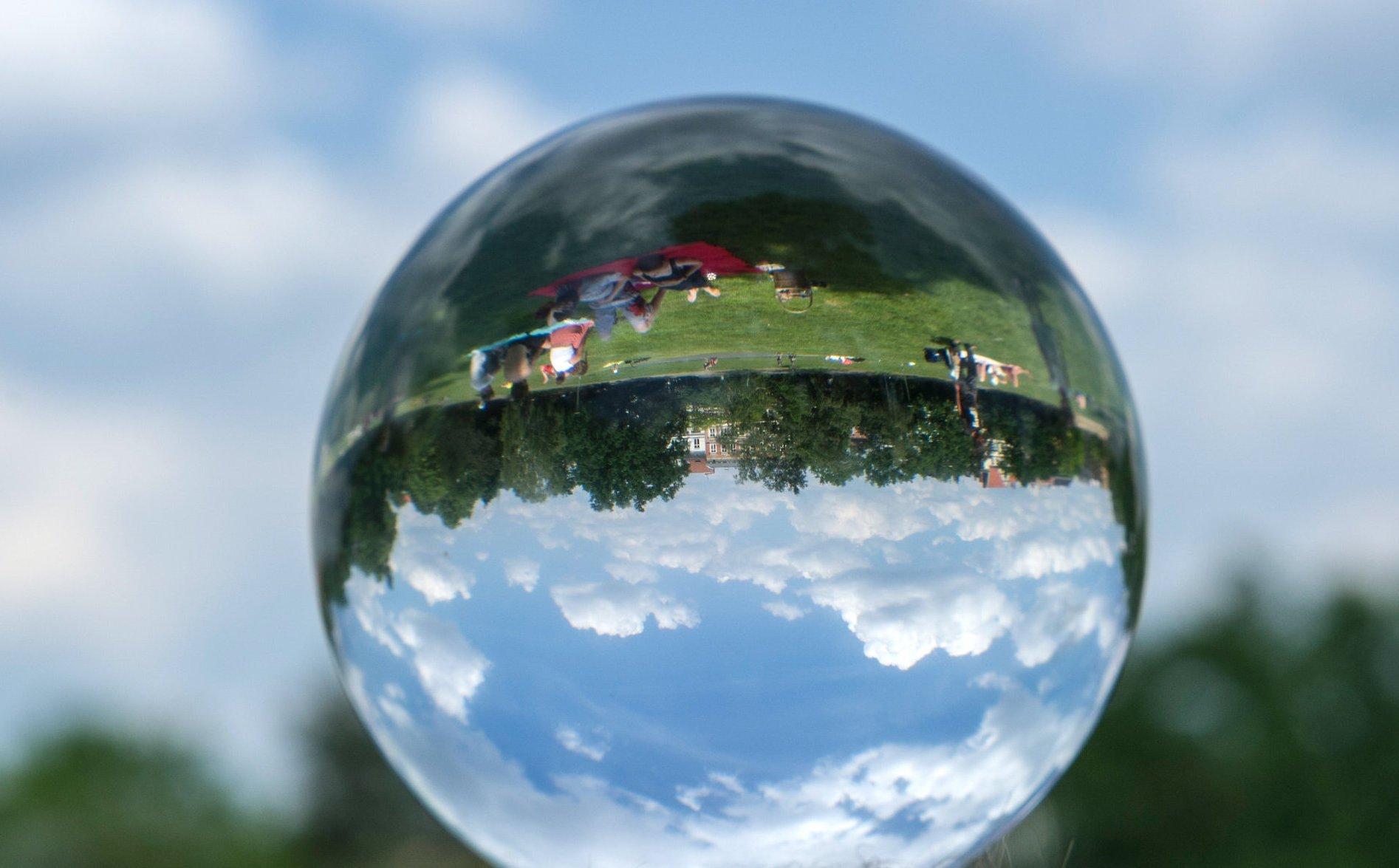 Glaskugel: Der Blick in die Zukunft gehört zum Jahresendgespräch dazu.