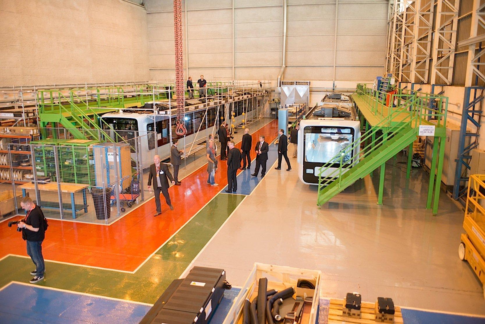 Endmontage der Wagons im Vossloh-Werk in Valencia.