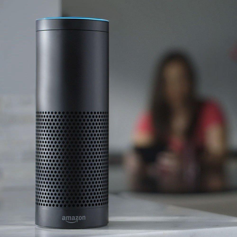 Die Echo-Box muss Sprachbefehle an Amazon-Server schicken, wo sie ausgewertet und in Befehle umgewandelt werden. Jetzt stellt sich die Frage: Werden diese Mitschnitte bei Amazon gespeichert?