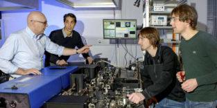 MinFlux: Ein Mikroskop schärfer, als es die Theorie erlaubt