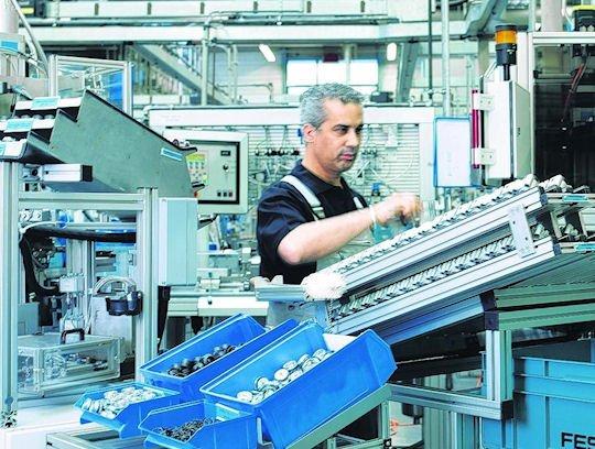 Bei Festo im Saarlandsind rund 2500 Mitarbeiter am Standort St.Ingbert-Rohrbach beschäftigt.