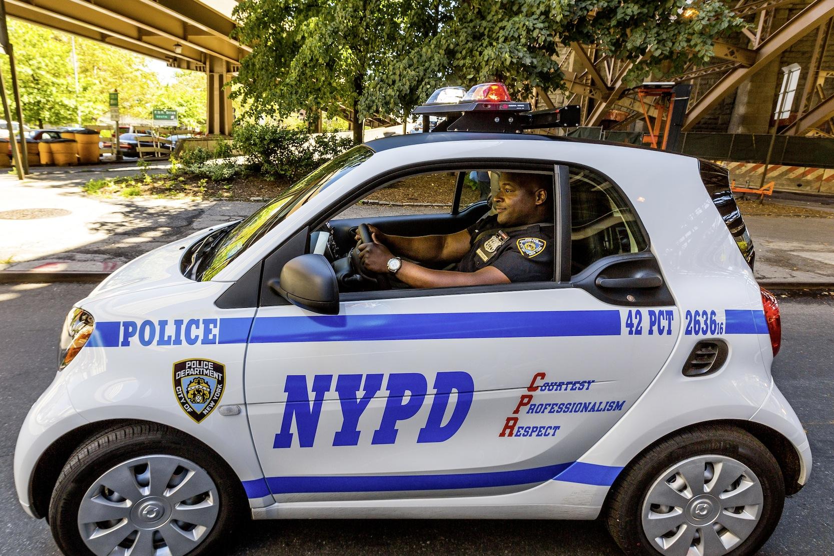 Smart für die Polizei in New York: Mercedes hat bei einzelnen Modellen sehr hohe Produktionsanteile in den USA.