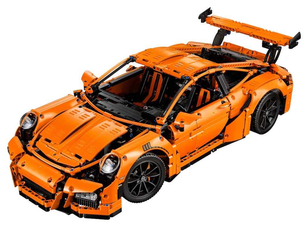 Der Lego Technic Porsche 911 GT3 RS: Ingenieurskunst und Design in 2.704 Bauelementen.