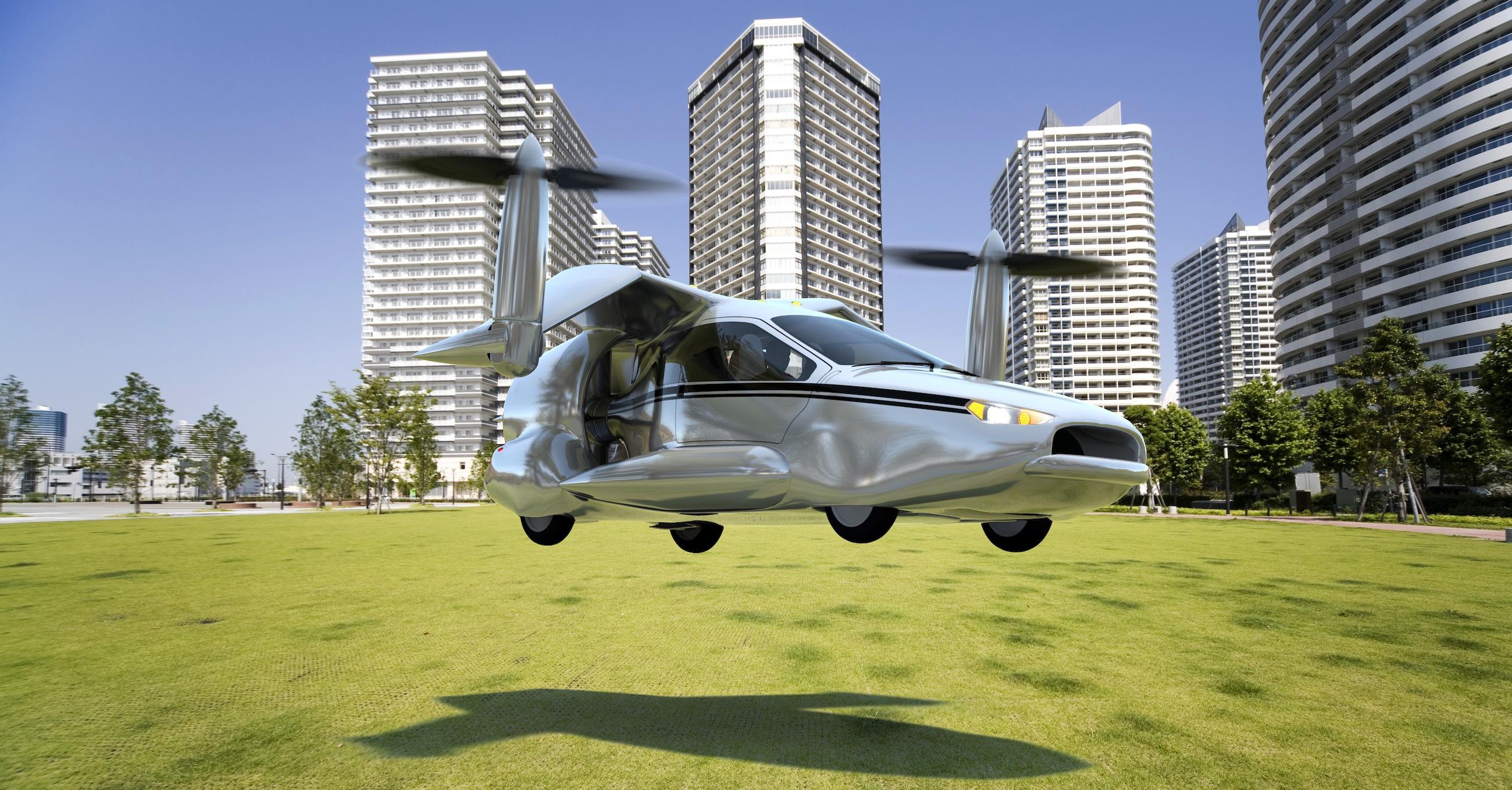 Fahrender Kippflügler TF-X: Nach dem Start kippen die Rotoren nach vorne. Der TF-X fliegt dann wie ein gewöhnliches Flugzeug.