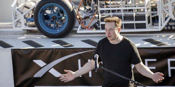 Elon Musk, Ende Januar 2017 beim Hyperloop-Wettbewerb: Der Unternehmer glaubt, dass der Mensch nur als Cyborg überleben kann.