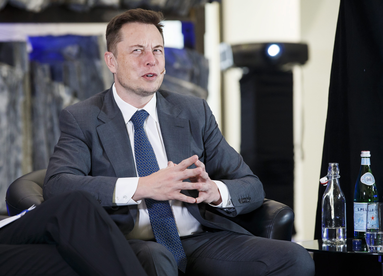 Visonär Elon Musk: Künstliche Intelligenzen übernehmen unsere Arbeitsplätze.