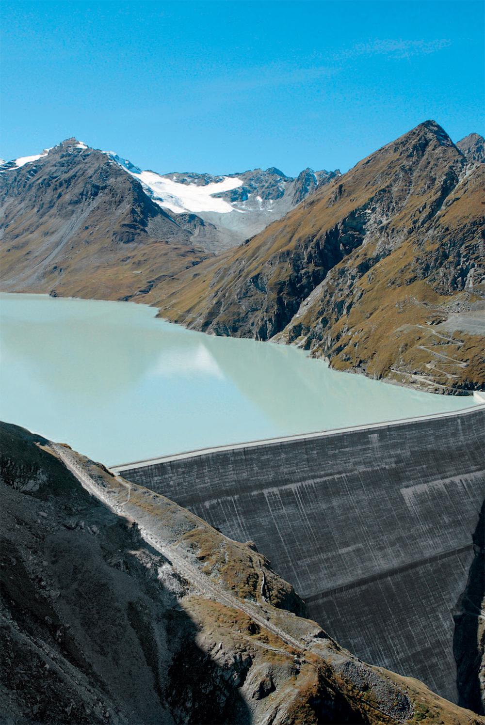 Die höchste Staumauer Europas ist mit 285 m der Grande Dixence-Damm in der Schweiz.