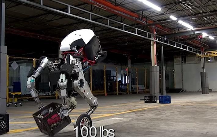 Roboter Handle kann bis zu 45 kg schwere Lasten transportieren.