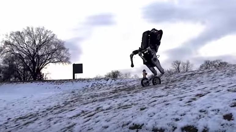 Auch im Schnee und bergab beweist Handle Standfestigkeit.