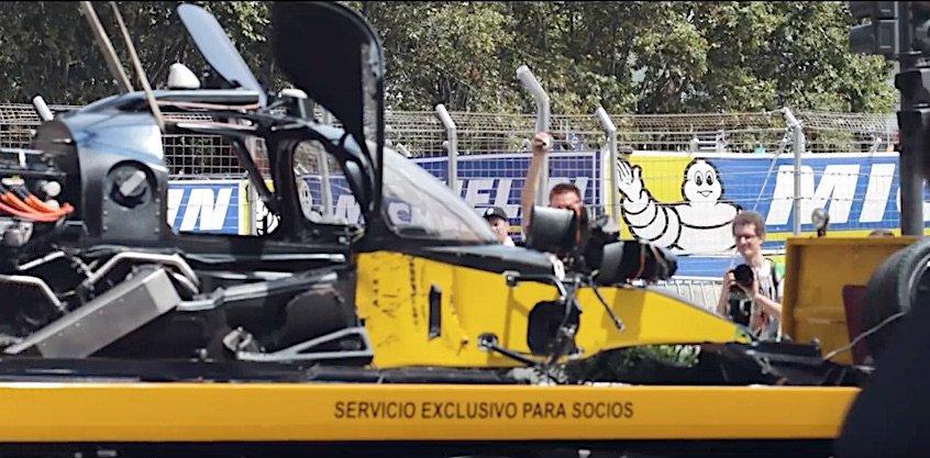 Aus dem Rennen ausgeschieden: Devbot 2 nach seinem Unfallin Buenos Aires.