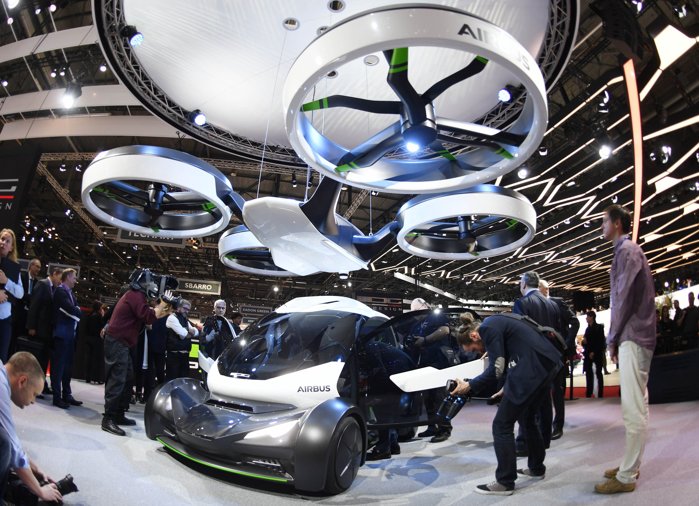 Sein fliegendes Auto Pop.Up stellt Airbus gemeinsam mit Italdesign auf dem Genfer Autosalon vor.
