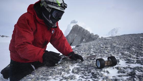 """Unter extremen Bedingungen wie hier in der Antarktis wurde Mini-Roboter """"Puffer"""" schon getestet."""