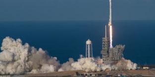 Recycelte Rakete von SpaceX kehrt erstmals heil zur Erde zurück
