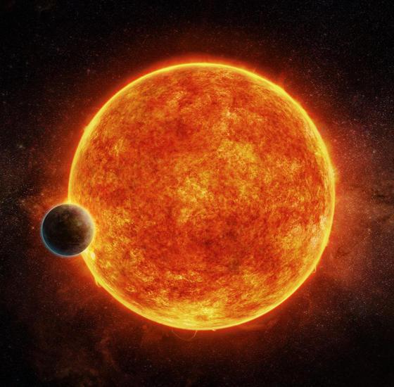 """Nicht der rote Stern, sondern der """"kleine"""" schwarze Planet, ist der aussichtsreiche Kandidat."""