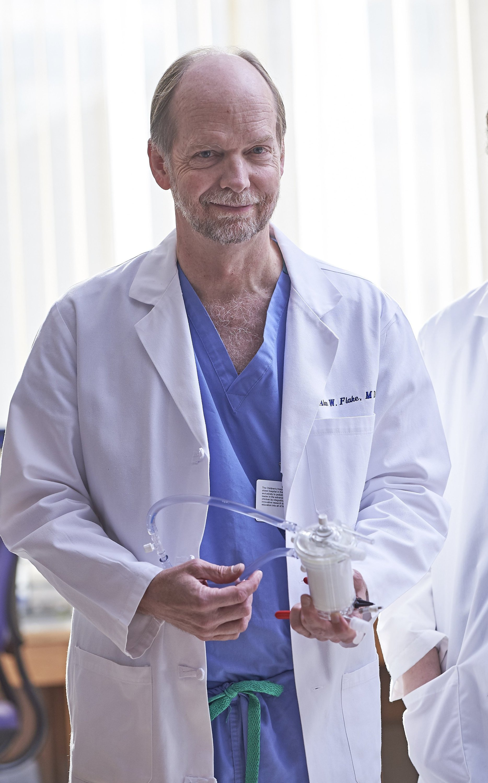 Studienleiter Alan Flake im Children's Hospital of Philadelphia.